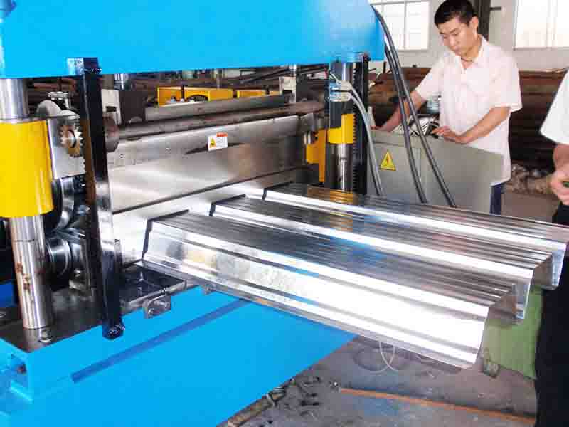 Why say it is very important for operator to run Cold Roll Forming Machine